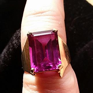 10k Gold Retro Asymmetrical Amethyst Ring