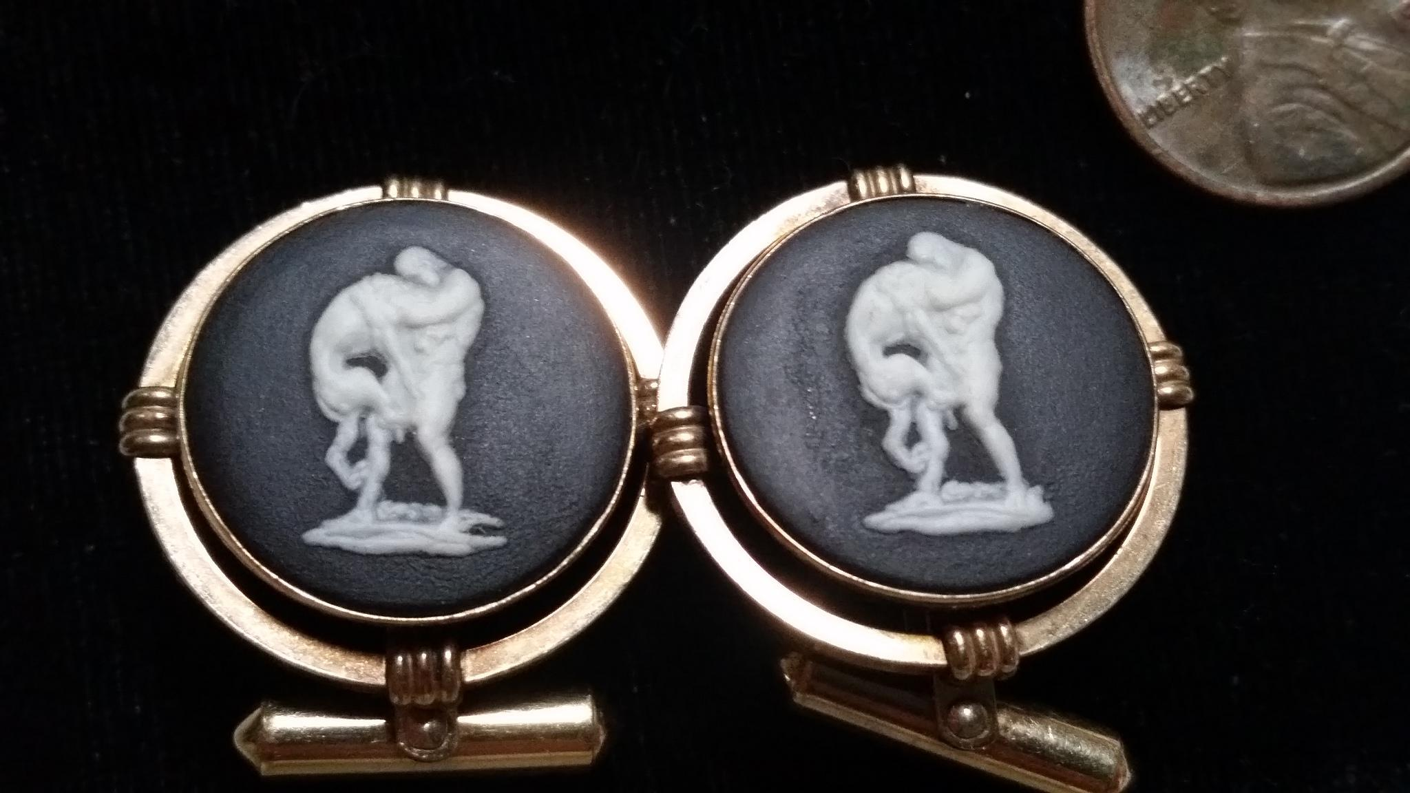 Destino Nude Male Salt Glaze cameo Cufflinks