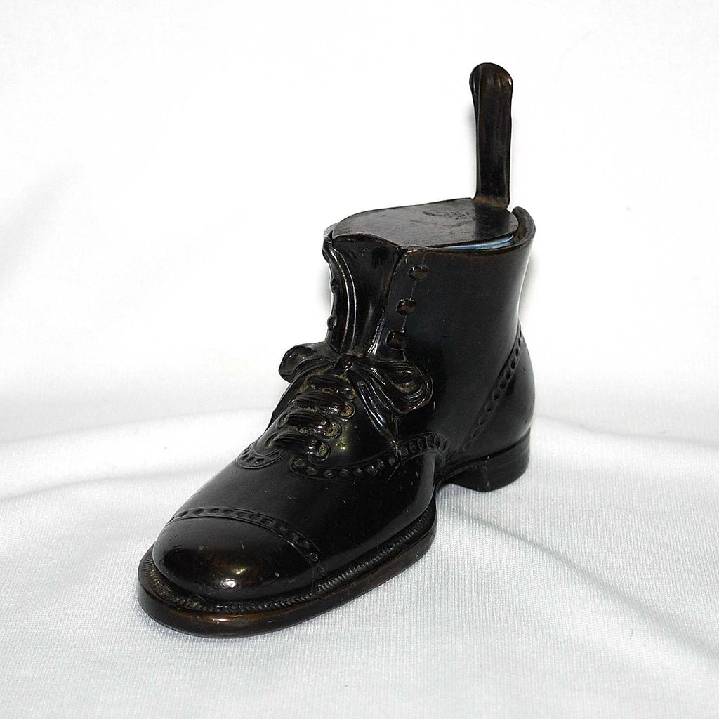Figural metal inkwell – black shoe or boot