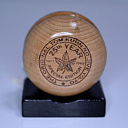 Tom Kuhn Maple Leaf 25th Anniversary Yo-Yo Mint in Box
