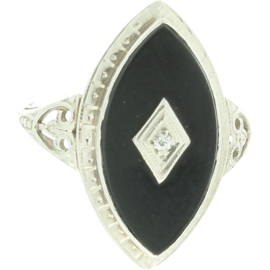 Art Deco Ring in 14kt White Gold w Black yx and Diamond from