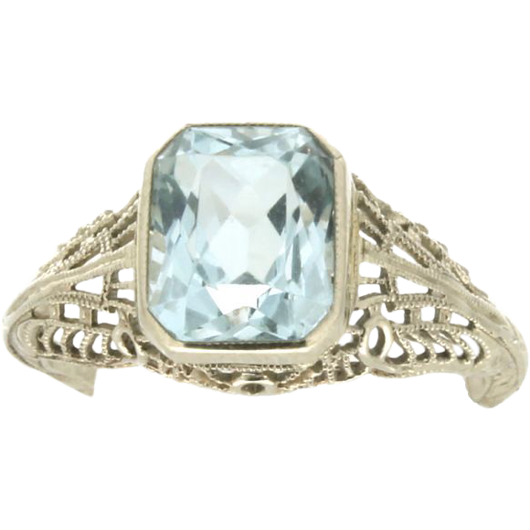 deco 14k white gold aquamarine ring from
