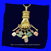 MIRIAM HASKELL Rare Vintage Charm Necklace - Good Luck Clenched Hand