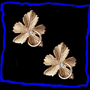 Stunning 14K Gold and Diamond Stylized Leaf Earrings