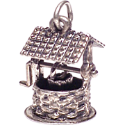 Stunning Large Sterling Silver 3D Wishing Well Charm