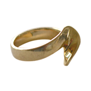 Gold Ring 14 Yellow Gold Abstract Wave Design