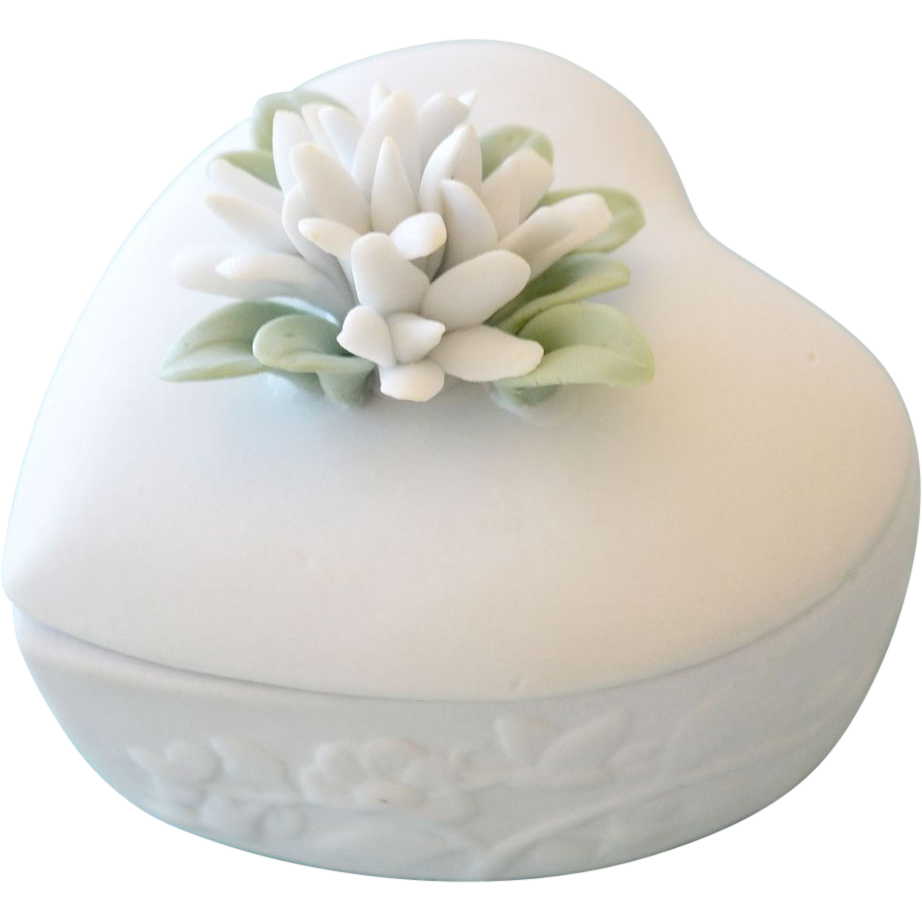 Bisque Porcelain Heart Trinket Box