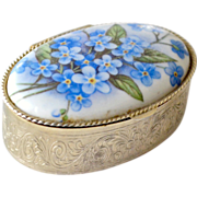 Tiny Blue and White Pill or Trinket Box Forget Me Not Flowers