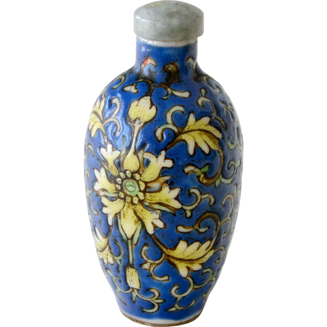 Chinese Snuff Bottle Blue and Yellow