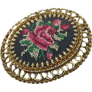 Pendant Pin Petit Point Roses Large