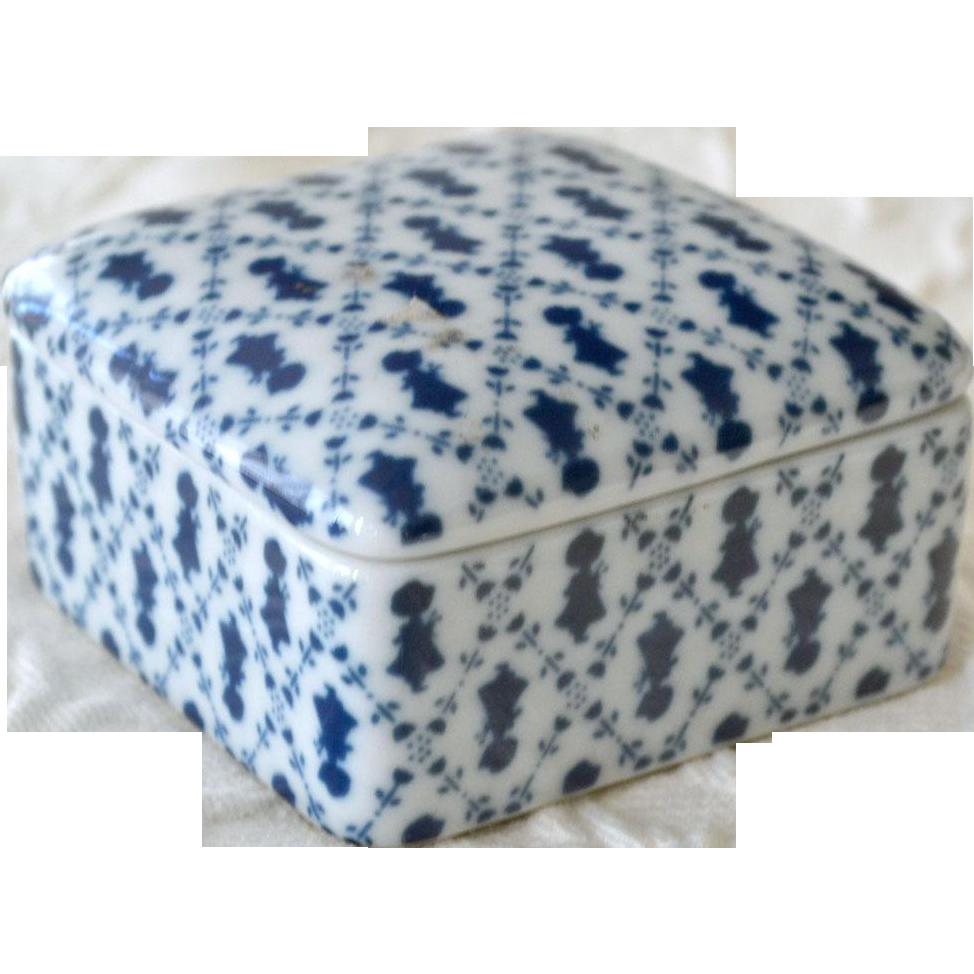 Holly Hobbie Porcelain Dresser or Trinket Box  1980