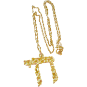 Necklace Hebrew Chai Pendant 18k Gold 9 Grams