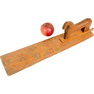 Carved Wooden Mangle Board