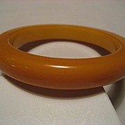 Bakelite Butterscotch Vintage Bangle *Thick & Heavy*