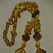 Amber Beaded Vintage Necklace With Barrel Clasp