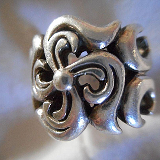 Sterling Silver Vintage Size 6 Ring