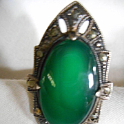 Sterling Silver Vintage Green Stone Ring