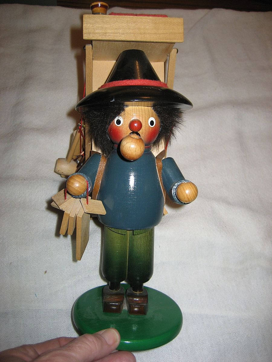 Steinback Smoker Vendor Incense Burner Signed On Bottom