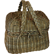 Antique Doll Basket, 6 x 5 x 3.5 inches, Antique Basket w Lid for Antique Doll