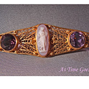 RARE Antique Hardstone Cameo and Amethyst Brooch in 14kt yellow gold