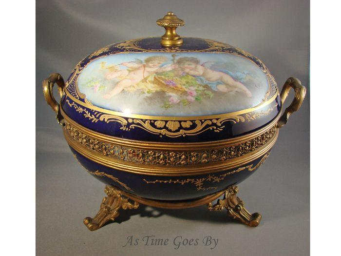 Bronze Mounted Hand Painted Sevres Lidded Bonbonniere Compote Bowl - Signed Callot