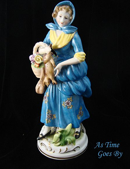 """Kaninchen  zum Abendessen"" or ""Rabbit for Dinner""- German Figurine"