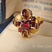 Vintage Custom Garnet 20 Kt Yellow Gold RIng