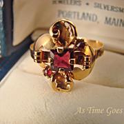Vintage Custom Garnet 20 Kt Yellow Gold RIng