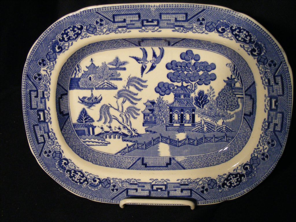 Blue Willow Ridgway Platter 12""