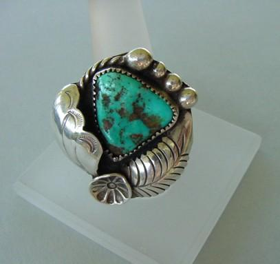 Signed Tsosie Vintage Native American Turquoise Ring Exquisite