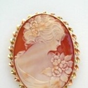 Large Vintage 14KT Gold Esemco Carved Shell Cameo Brooch Pendant Hallmarked