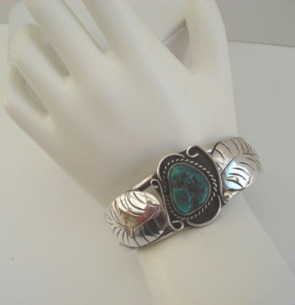 Vintage Native American Bracelet Turquoise Nugget Sterling Silver With Leaf Overlays