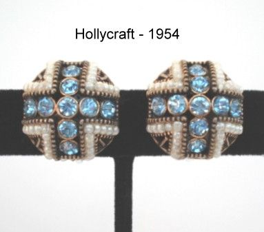 Vintage 1950's Signed HOLLYCRAFT Earrings Rhinestones & Simulated Seed Pearls Exquisite Detailing