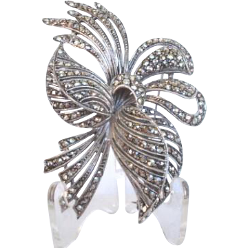 Captivating Large Vintage Marcasite Flower Brooch Pin