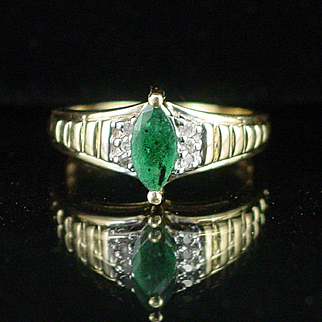 Estate Vintage 14k Natural Emerald and Diamond Ring Size 4-1/2