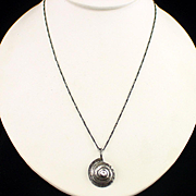 Unique Retro Sterling Silver Shell Design Pendant Necklace
