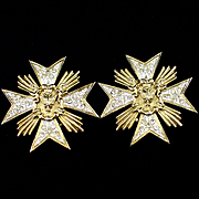 Large Unique Butler & Wilson Rhinestone Star Clip Earrings
