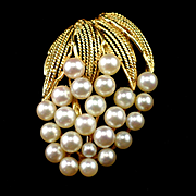 Large Vintage 14k  Cultured Pearl Cluster Brooch