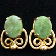 Art Deco Fine Gold Filled Filigree & Jade Screwback Earrings