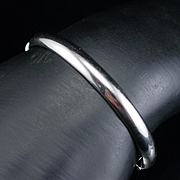 Vintage Whiting & Davis Silver tone Bangle Clamper Bracelet
