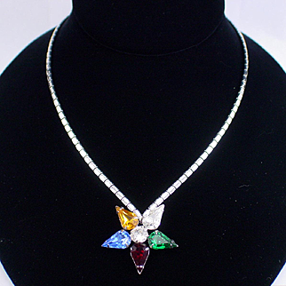 Elegant Signed Kramer Rhinestone Star Necklace