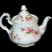 Royal Albert - Lavender Rose - 4 Cup Teapot