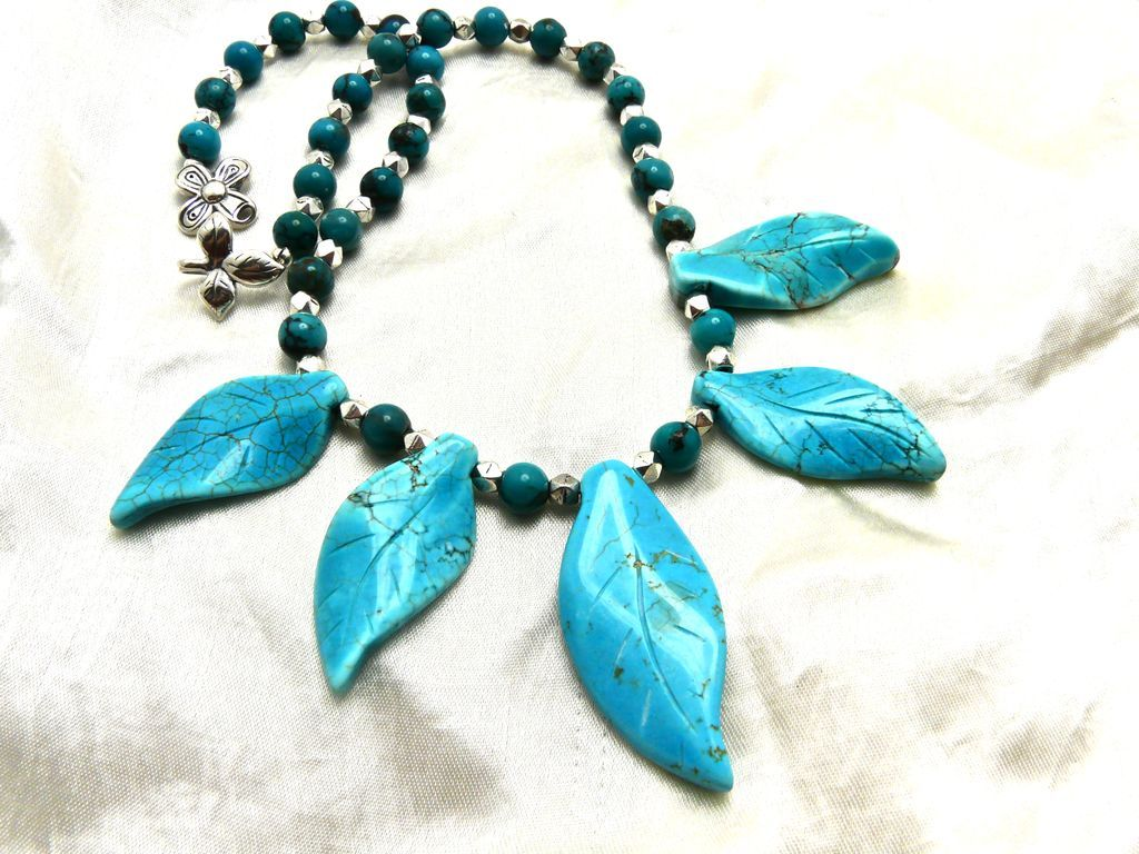 Chinese Turquoise Choker Necklace, 18-1/2 Inches