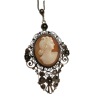 800 Silver Filigree Carved Shell Cameo Pendant Necklace