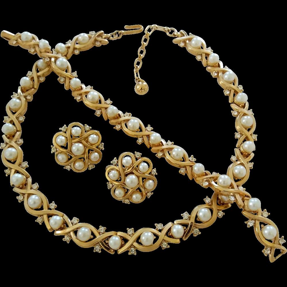 Vintage Trifari Faux Pearl Rhinestone Necklace Bracelet
