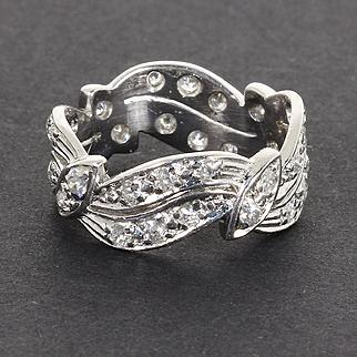 Beautiful Estate Platinum 1.00 Carat Diamond Wedding Anniversary Band Ring