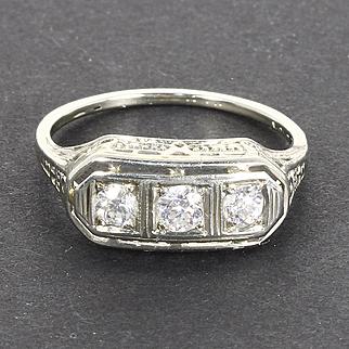 Beautiful Art Deco 18k 18 Karat White Gold Filigree Three Stone Diamond Ring
