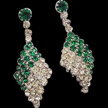 BG114 Art Deco Dangle Drop Emerald Green & Ice Clear Crystal Rhinestone 2inch Earrings Clip On Vintage