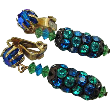 BG158 Gorgeous Peacock Blue & Turquoise Crystal Rhinestone Dangle Clip On Earrings Vintage Japanned and Brass