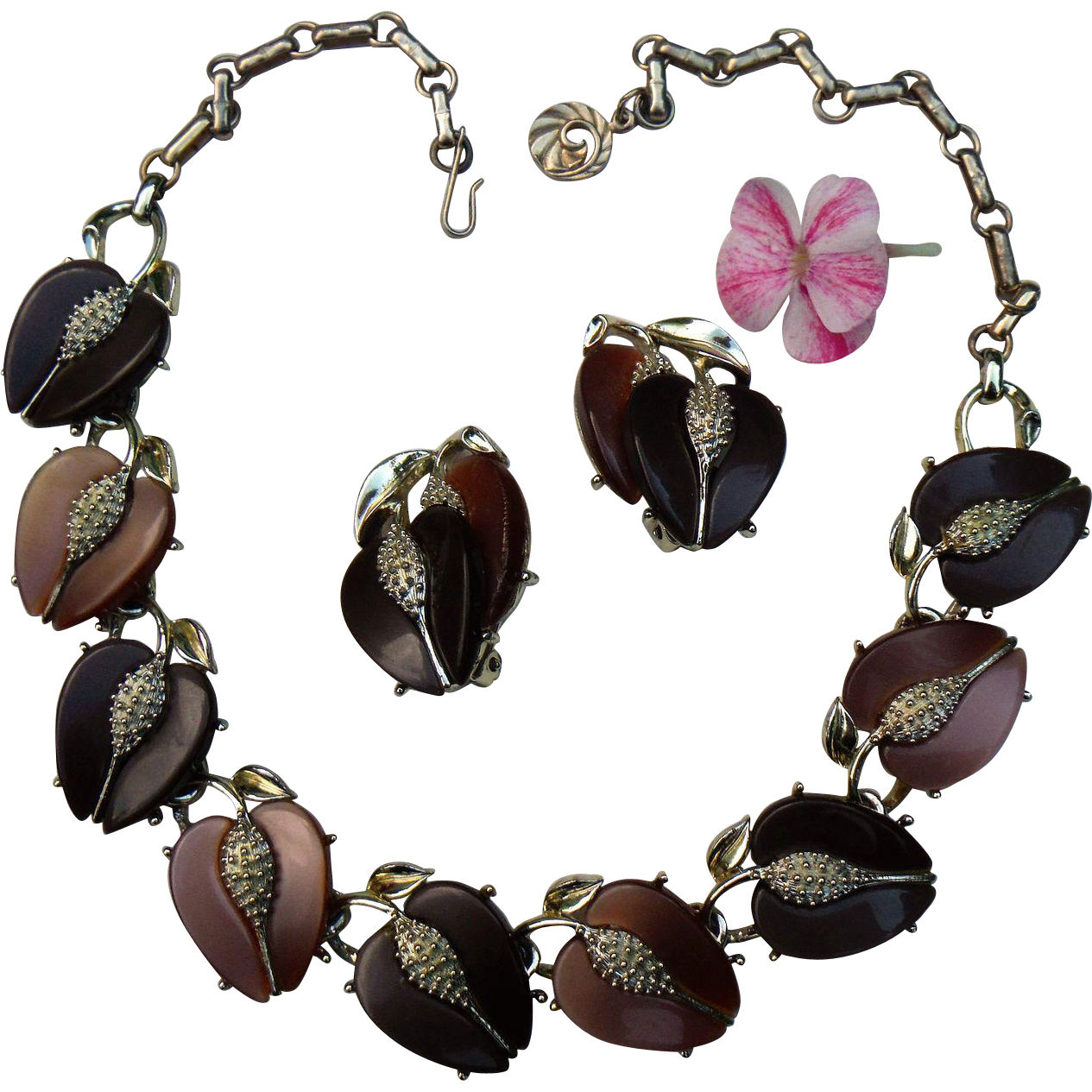 Lisner Vintage Demi Parure Thermoset Plastic Lucite Moonglow Peach Fruit & Leaves Earrings Choker Necklace Caramel Browns